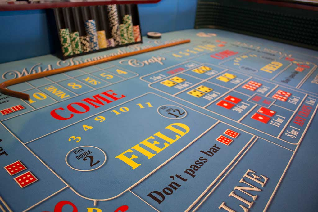 Dice table layout, craps tables